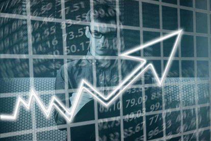 Keynesian Economics Vs. Classical Economics