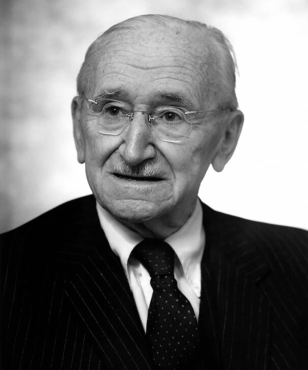 Why Did Friedrich Hayek Call Expansionary Spending Dangerous