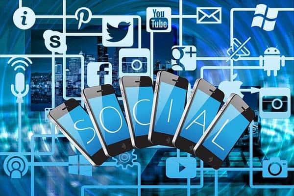 Emulate Successful Social Media Brands