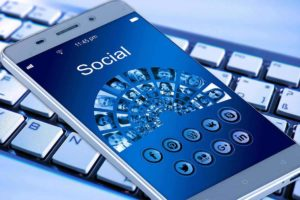 5 Must-Know Ways Social Network Influence Buying Decisions