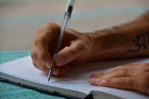 How To Write Great Essays Without Getting Bored