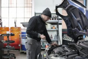 Things To Know When Looking For An Extended Car Warranty